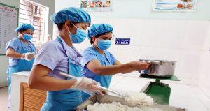 Mũ – Nón Dành Cho Nhân Viên Nấu Bếp Trong Trường Học